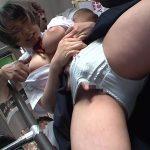 バスの車内でJK生娘を痴漢レ●プ 巨乳女子校生は抵抗できずに乳揺れFUCK!