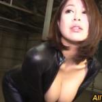 【キャットスーツ】マスクした爆乳美女を電マやバイブで折檻!最後は中出し!