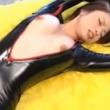 キャットスーツでセックス