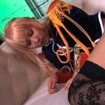 【コスプレイヤー】湊莉久の美尻と美脚が艶かしい着衣セックス!
