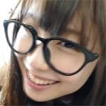 【着衣セックス】メガネを掛けたメイド土屋あさみが笑ってるだけの動画かと思えばガンガンピストンされます!