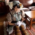 【アニコス】ラブライブ小泉花陽コスで角オナニーしているエッチな気分のレイヤー。