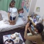 【コスプレイヤー】爆乳レイヤーを部屋に連れ込み個影しつつ隠しカメラでも撮っちゃう変態カメコ!